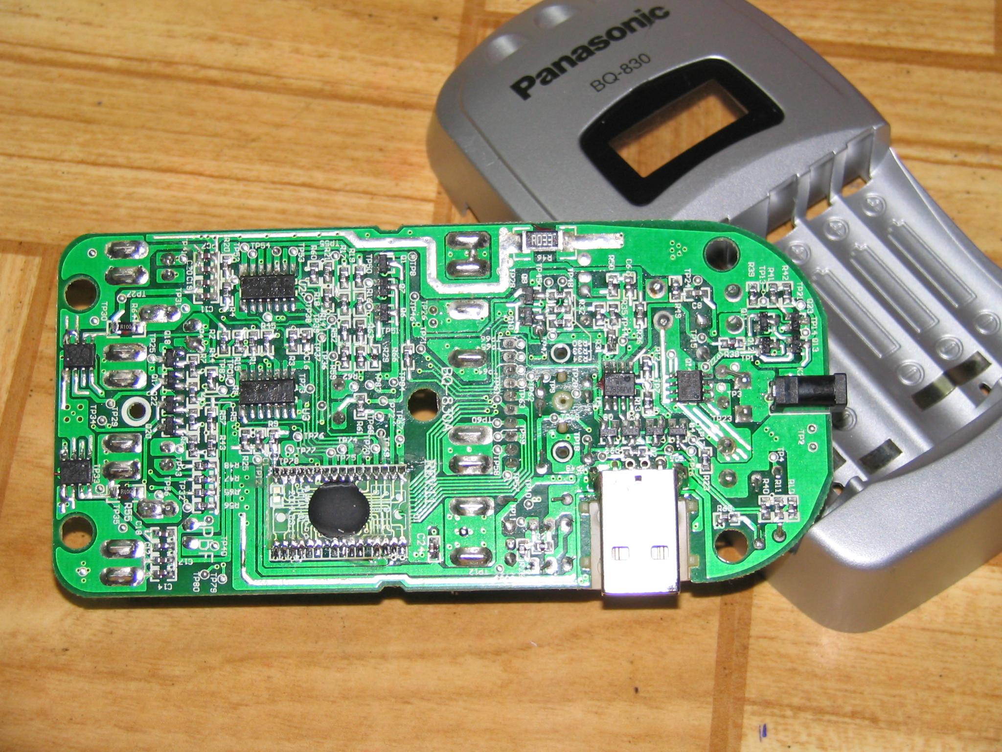 bq-830a智能充电器内部结构!-电源网