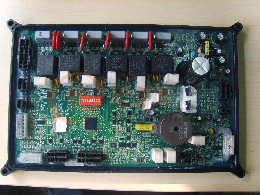 林肯焊机控制板换cpu,进来的都送原理图.图片