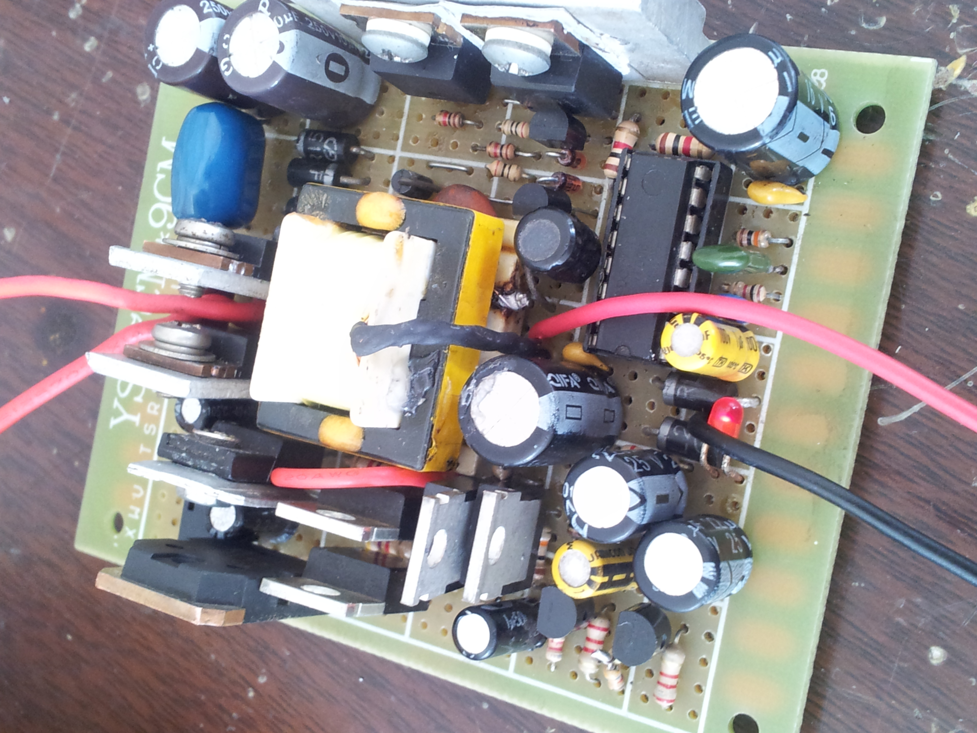 制作国外高中生设计的逆变器-电源网